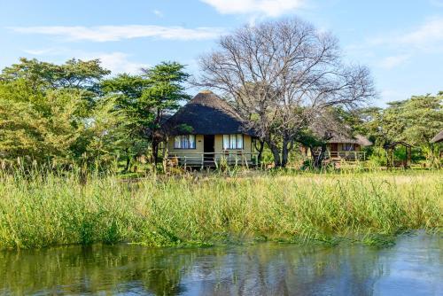 Gondwana Hakusembe River Lodge, Calai