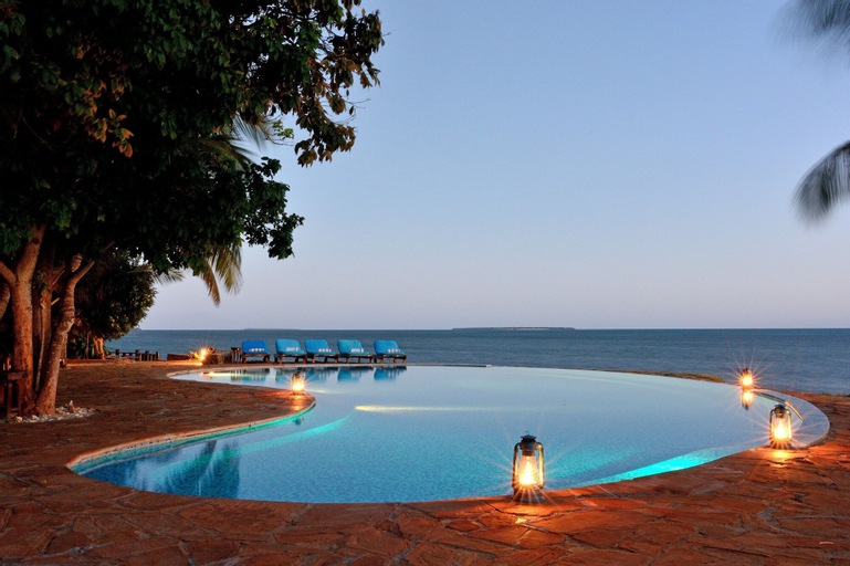 Fumba Beach Lodge, Magharibi