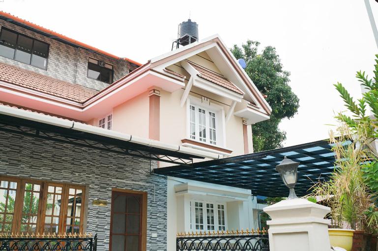 OYO 35757 John PM Villa, Ernakulam