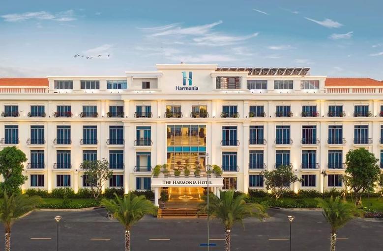 Hoa Phat Dung Quat Hotel, Bình Sơn