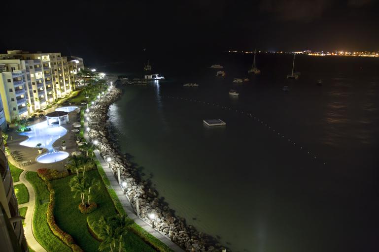 The Villas at Simpson Bay Beach Resort and Marina,