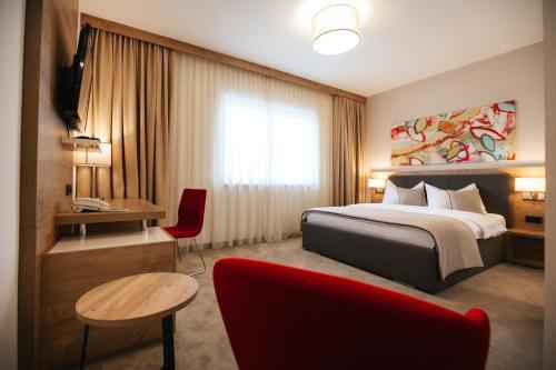 Hotel Zelenkrov, Čepin