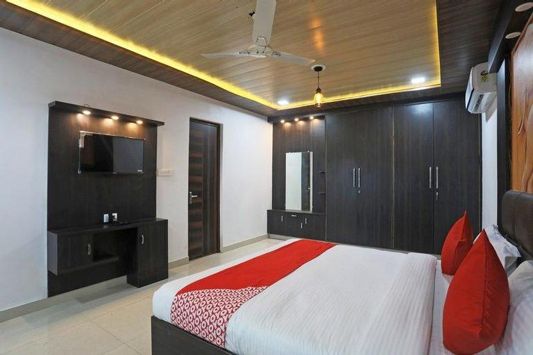 OYO 40232 paradise mahal, Agra