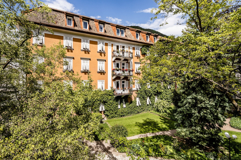 Parkhotel Luna Mondschein, Bolzano