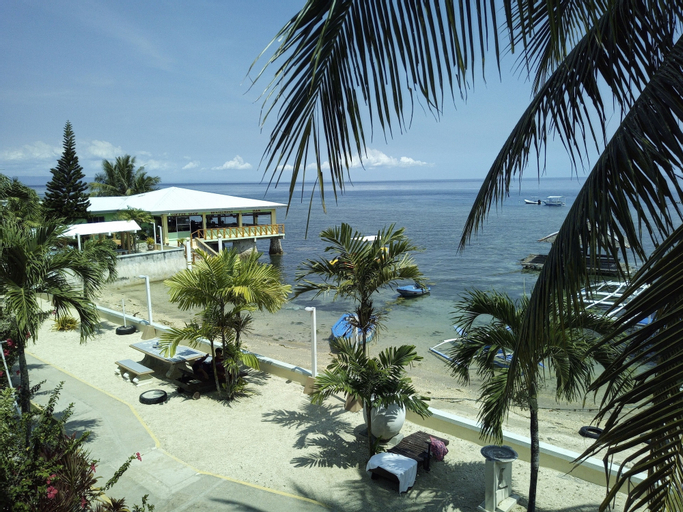 Ocean Bay Beach Resort, Dalaguete