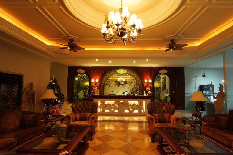 Four Seasons Place, Pattaya