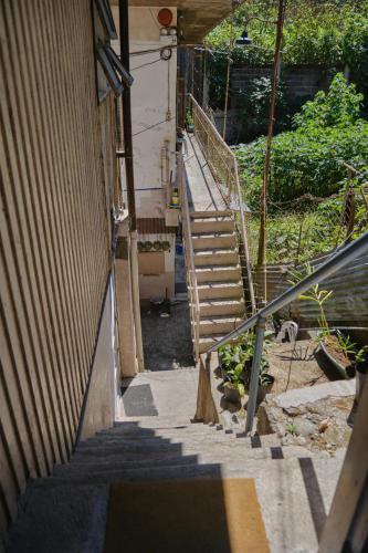 budget solo units tw apartments, Baguio City