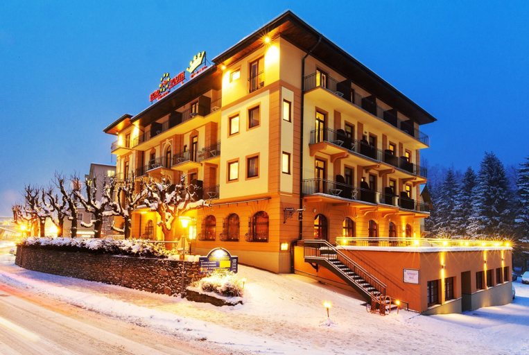 Euro Youth Hotel & Krone, Sankt Johann im Pongau