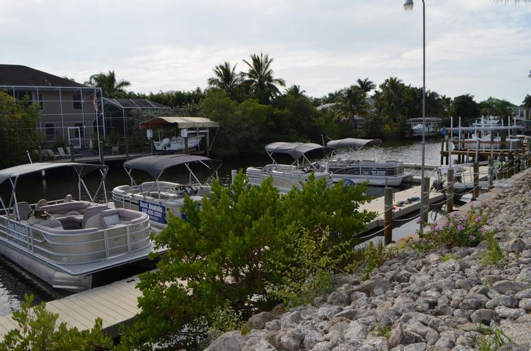 Tip Top Isles Waterfront Resort & Marina, Lee