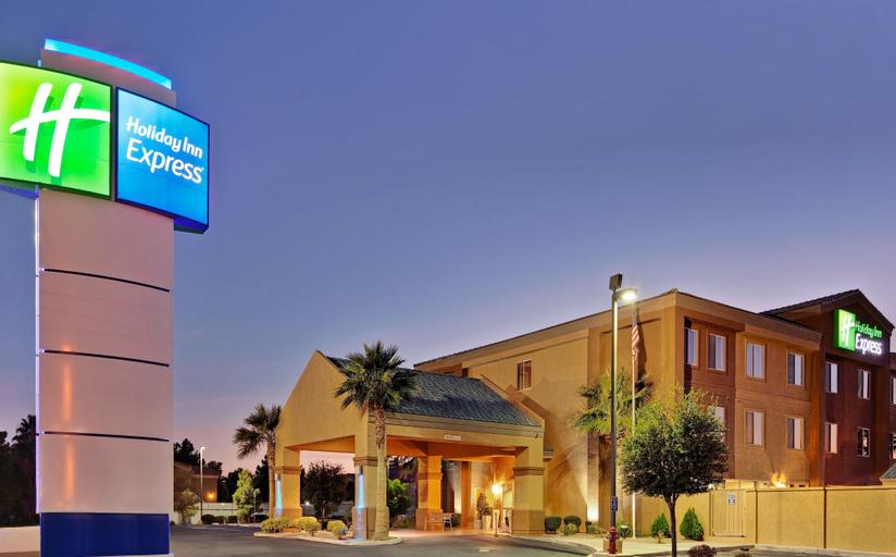 Holiday Inn Express Las Vegas-Nellis, Clark