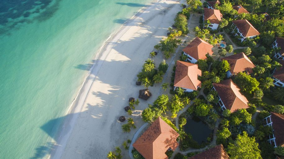 Couples Swept Away All Inclusive,