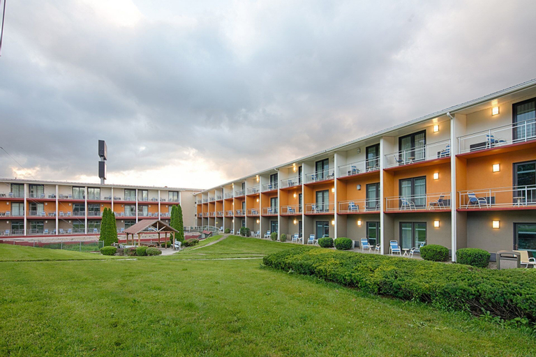 Clarion Inn & Suites, Franklin