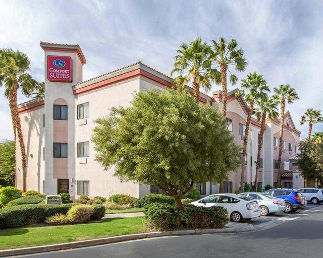 Comfort Suites Palm Desert I-10, Riverside