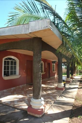 Hotel Miraflores, Chirilagua