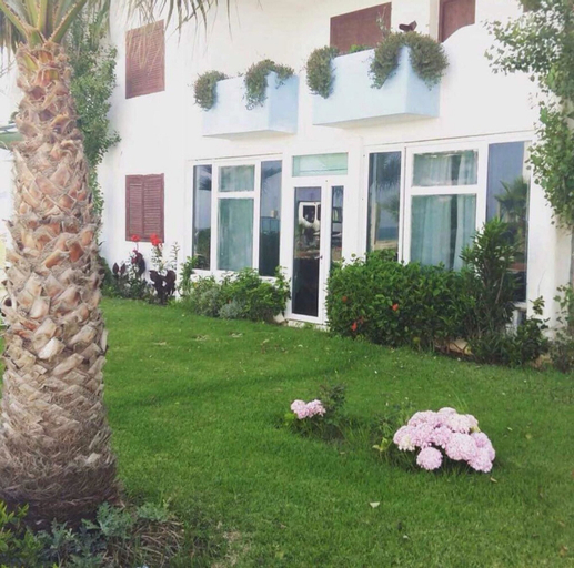 Apartment With 2 Bedrooms in Fnideq, With Furnished Garden - 10 m From the Beach, Tétouan