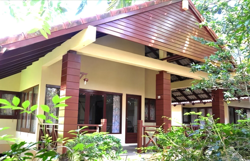 Bayview Beach Resort, Bang Saphan