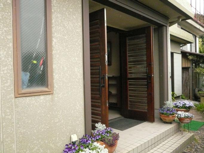 Pension Sirogisu, Kyōtanabe