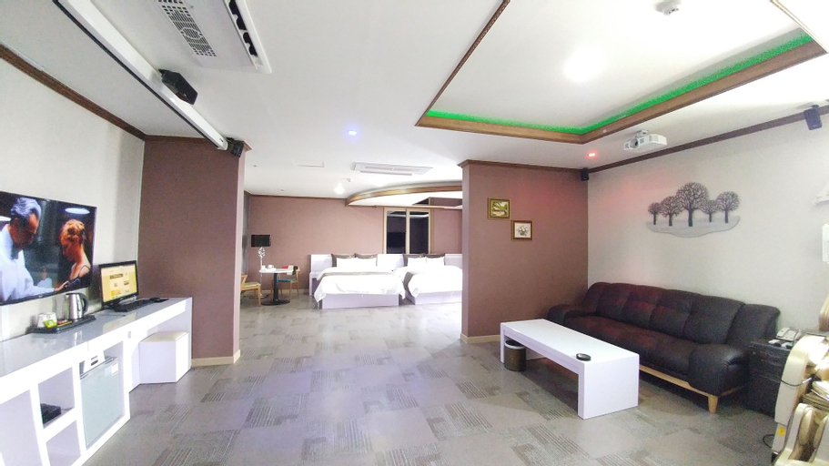 Seosan Hotel Iris, Seosan