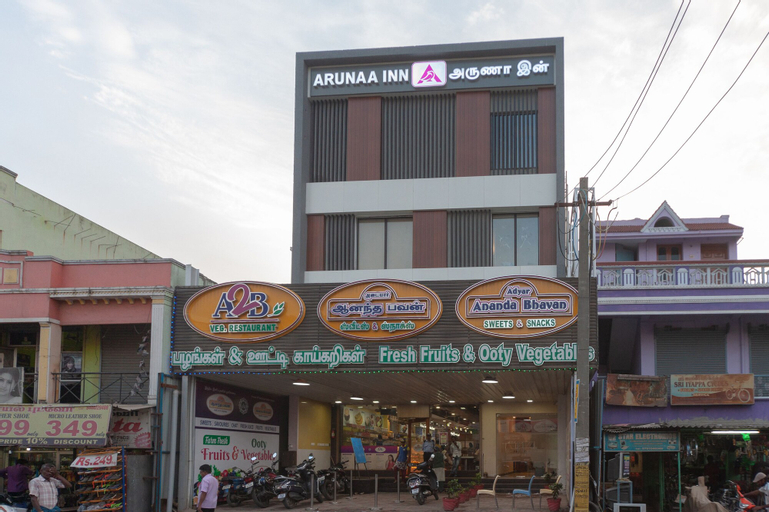 Capital O 18266 Hotel Arunaa Inn, Kancheepuram