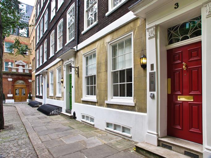 The King's Wardrobe Serviced Apartments by Bridgestreet, London