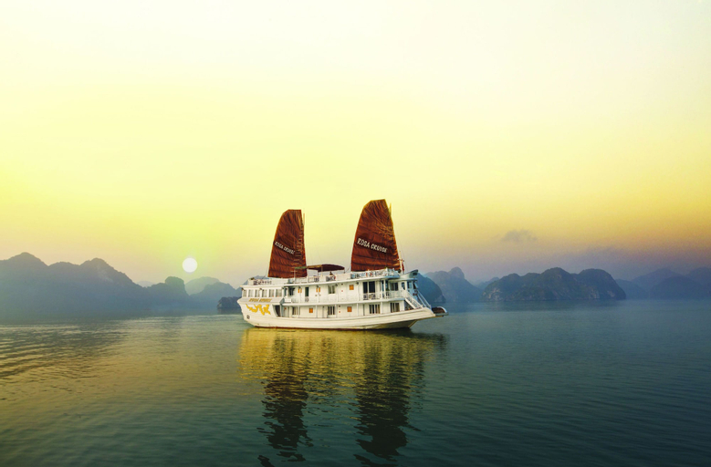 Rosa Cruise Halong, Hạ Long