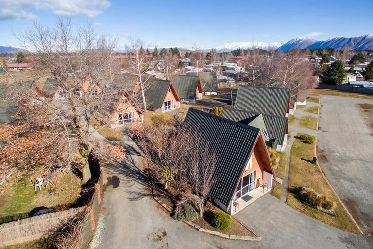 Mountain Chalet Motels, Mackenzie