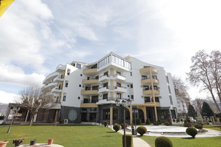 Hotel 1 Maji, Pogradecit