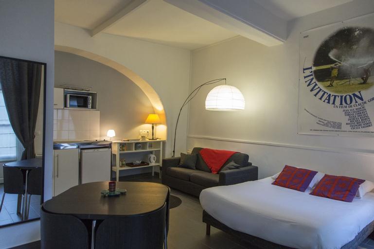 Saint-Germain des Pres Apartment, Paris