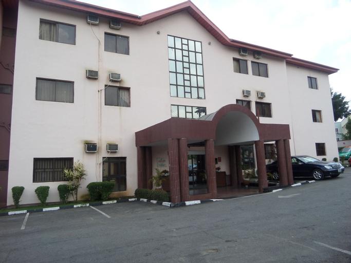 New Golden Hotel, AbujaMun