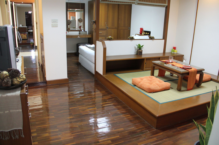 B.S.Court Boutique Residence, Bang Rak