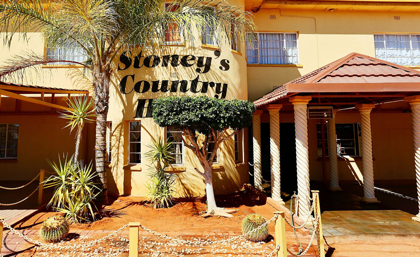 Stoney's Country Hotel, Mariental Rural