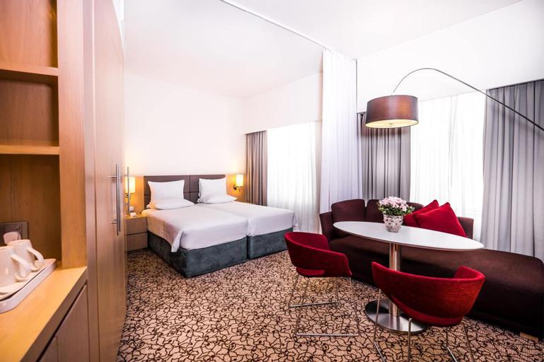 Novotel Suites Dubai Mall of the Emirates,