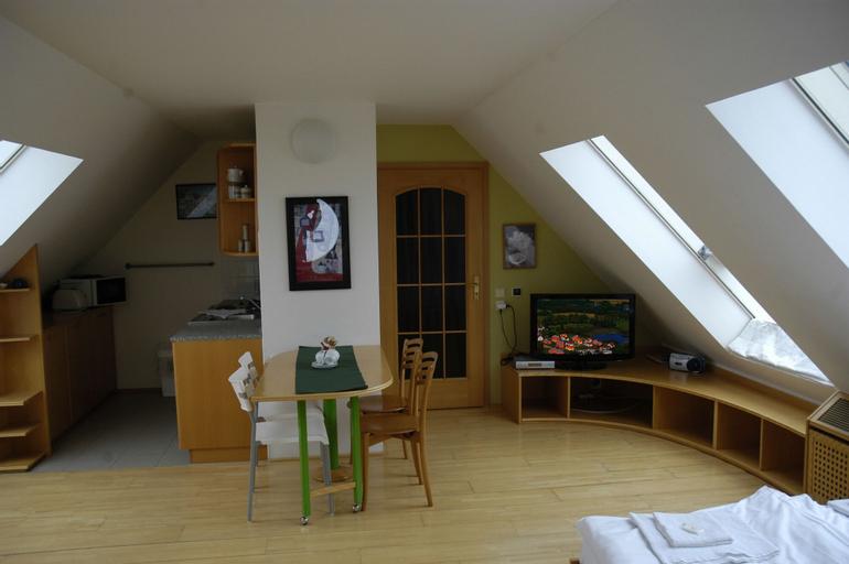 Apartmany Rokytnice, Semily