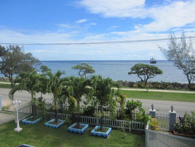 Captain Cook Apartments,