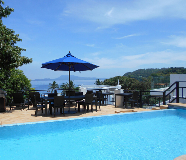 Out of the Blue Resort, Puerto Galera