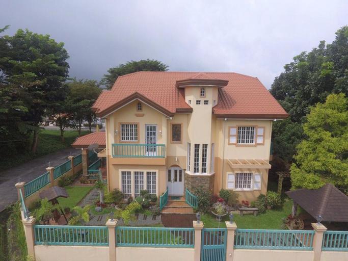 Charming Tagaytay Vacation Home, Tagaytay City