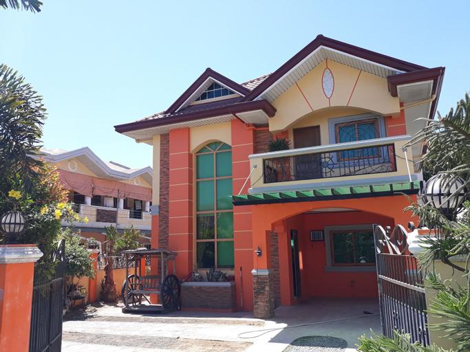 The Orange House - Vigan Villa, San Vicente
