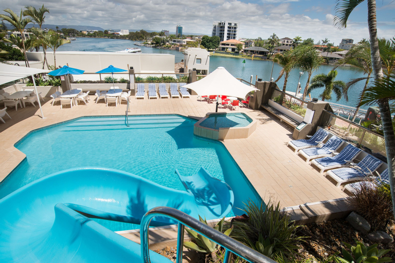 Tiki Hotel Surfers Paradise, Surfers Paradise