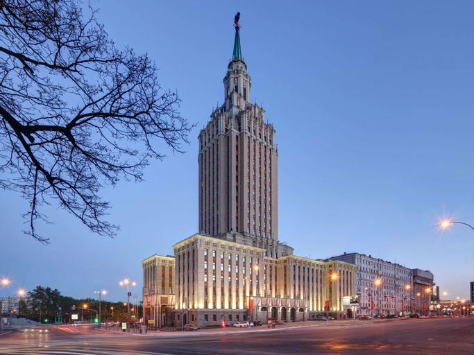 Hilton Moscow Leningradskaya, Central