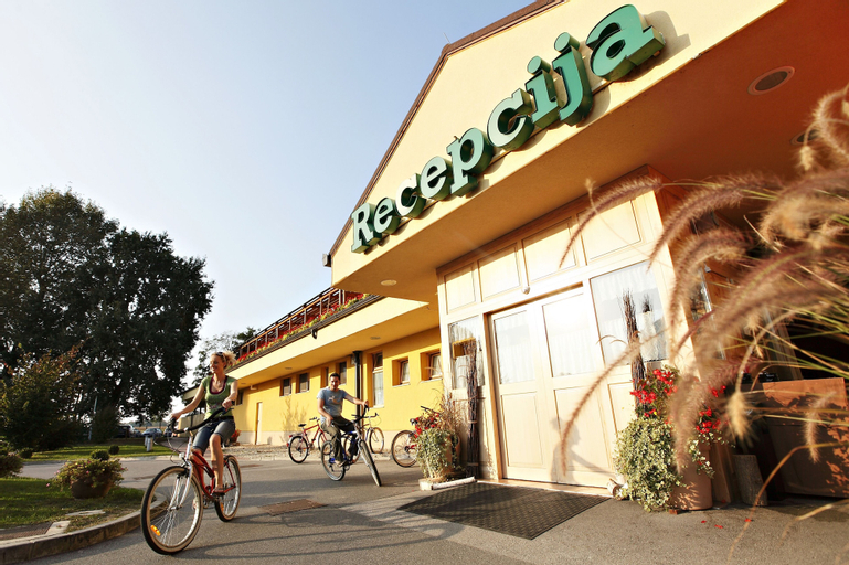 Hotel Zeleni Gaj - Terme Banovci - Sava Hotels & Resorts, Veržej