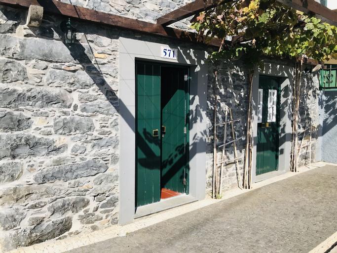 Casa do Lugar da Ribeira by Madeira-AL, Ribeira Brava