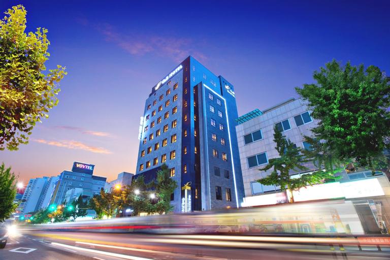 GNB Hotel, Jung