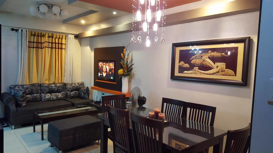 Romantic 1 Bedroom Condo at The Redwoods Condominium, Quezon City