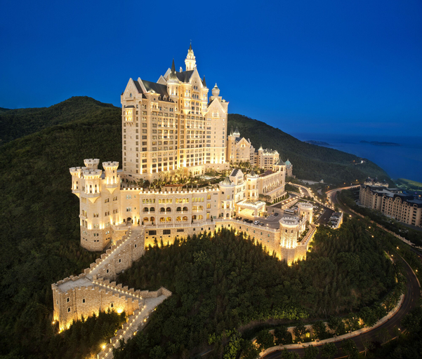The Castle Hotel, a Luxury Collection Hotel, Dalian, Dalian