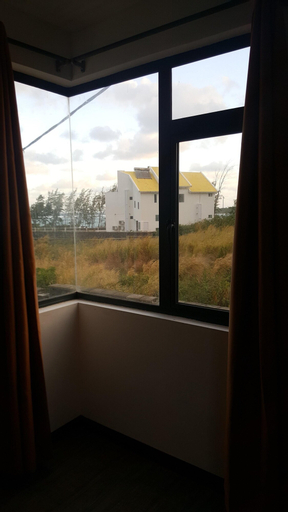 House With 4 Bedrooms in Plaine Magnien, With Wonderful sea View, Encl,