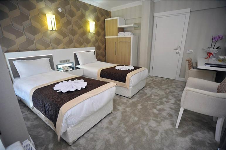 Kast Mahall Hotel, Merkez