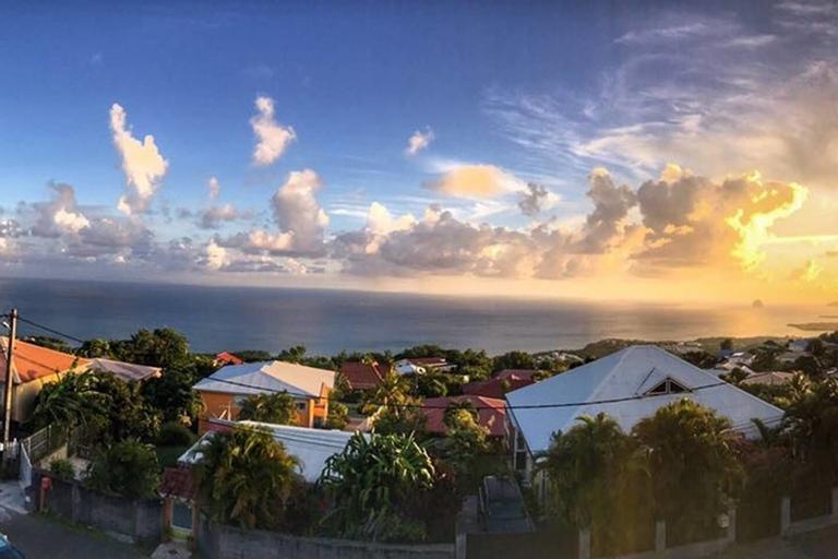 Villa de charme avec vue mer magnifique, Basse-Pointe