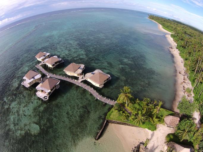 Coconuts Beach Club & Resort, Siumu