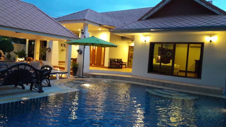The Time Family 5 Bedroom Villa 92, Bang Lamung