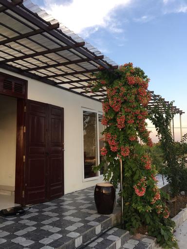 Lotus House, Kiến Thụy